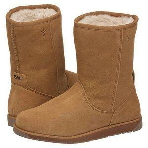 Emu Spindle Lo Chestnut Sheepskin Boots Sz 7